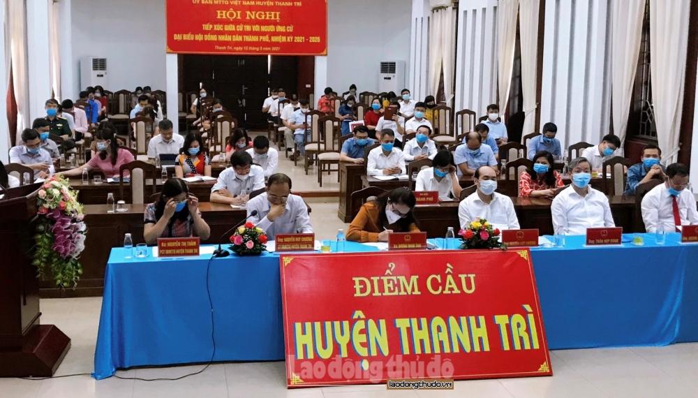 Ứng cử viên đại biểu Hội đồng nhân dân thành phố Hà Nội tiếp xúc cử tri huyện Thanh Trì
