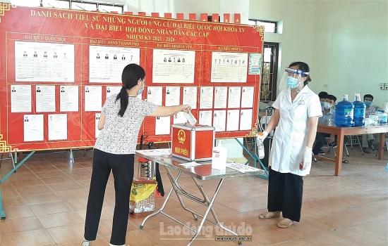 Thanh Trì diễn tập phương án phòng dịch Covid-19 cho ngày bầu cử