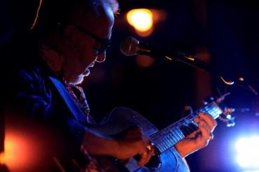 Huyền thoại guitar Henry Padovani lưu diễn tại Hà Nội