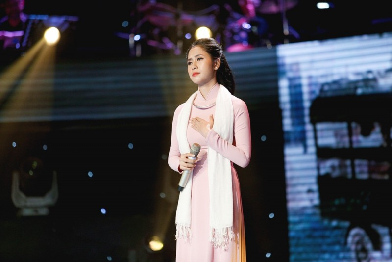 than tuong bolero 2019 phuong y lay lai phong do vuon len dan dau top binh chon