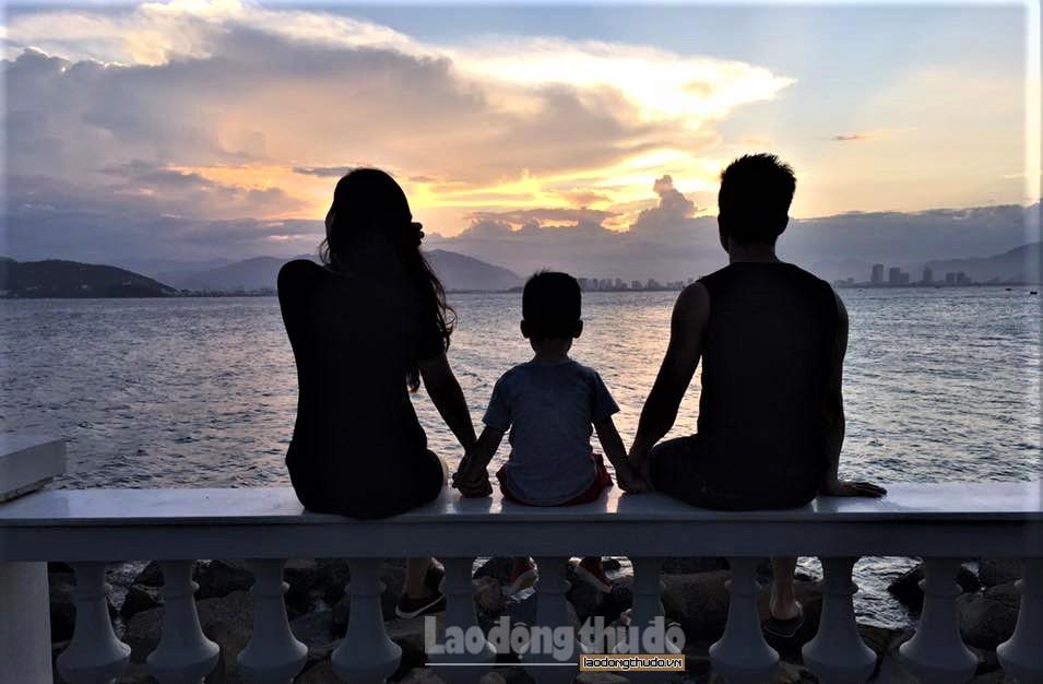 Phụ nữ Thủ đô xây dựng và giữ gìn hạnh phúc gia đình thời 4.0
