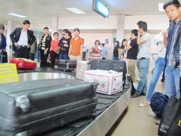 Đối tượng trộm cắp hành lý tại sân bay Nội Bài là nhân viên giám sát