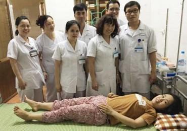 Cứu sống bệnh nhân sốc mất máu sau khi tự phá thai bằng thuốc