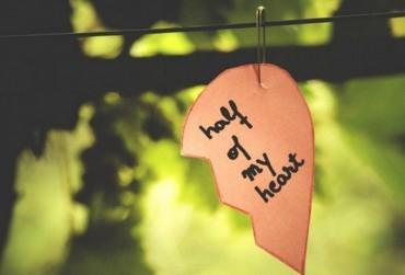 Ai đó khi yêu xin đừng nửa vời