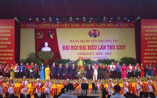 Đảng bộ huyện Thường Tín quyết tâm giữ vững danh hiệu Đảng bộ trong sạch vững mạnh.