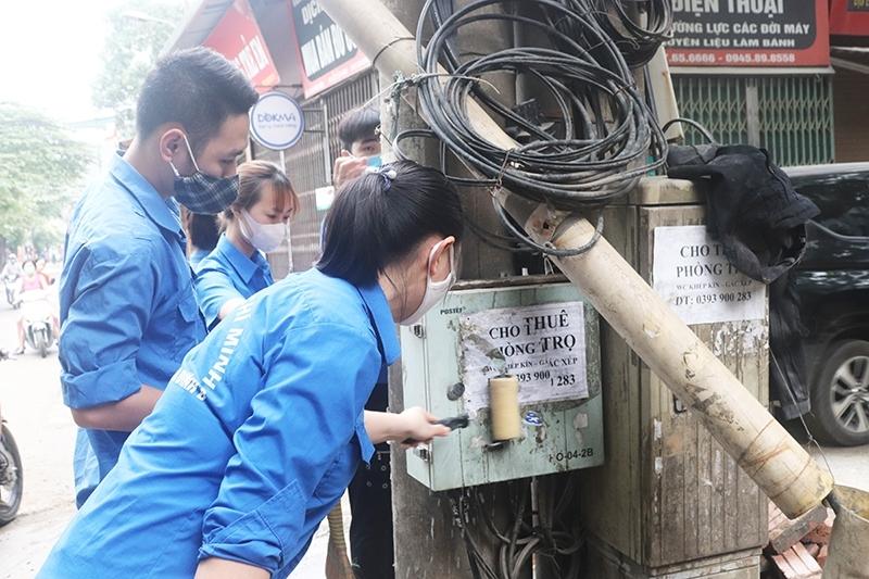 Hà Nội: Ngừng dịch vụ sim số điện thoại quảng cáo rao vặt sai quy định