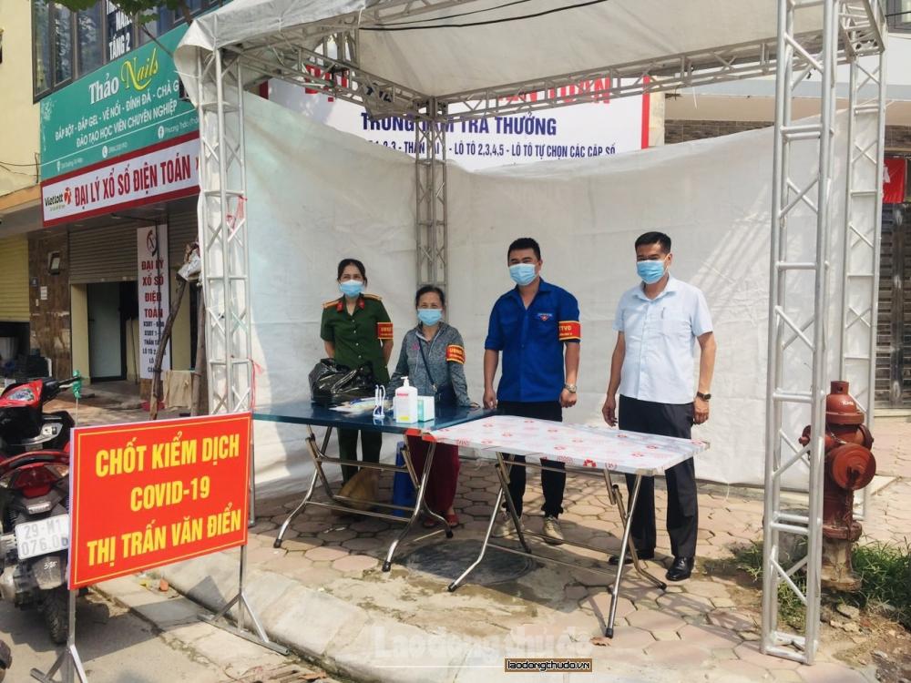 Huyện Thanh Trì: Lập nhiều chốt kiểm tra giám sát người dân thực hiện Chỉ thị 17
