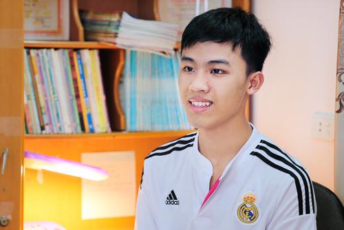 thu-khoa-khoi-B-Nguyen-Hoang-H-2219-1522