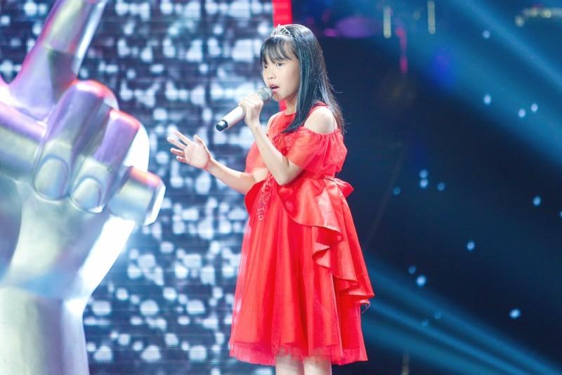 linh dan hong thuy cap thi sinh the voice kids 2019 so huu tiet muc trieu view