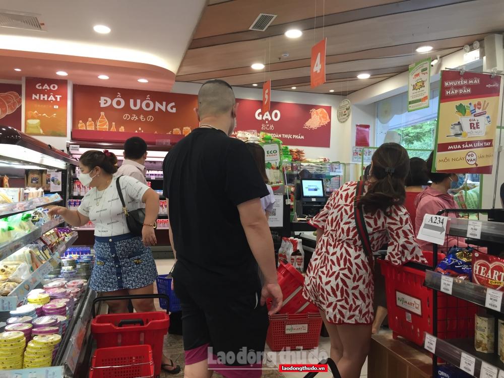 Hà Nội công khai giá hơn 100 mặt hàng thiết yếu trong thời gian giãn cách