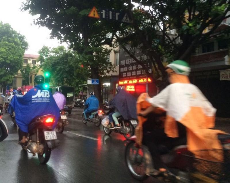 Bắc Bộ có mưa trở lại, Nam Biển Đông đề phòng gió mạnh