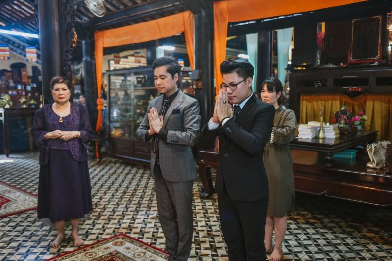 Ngọc Sơn làm lễ nhận con nuôi Duy Cường tại chùa Giác Lâm