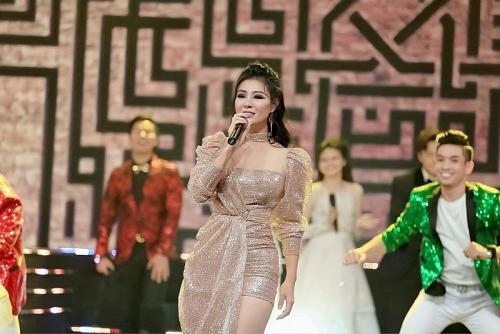 Thanh Hương mở màn với vai trò ca sỹ tại Lễ trao giải VTV Award - Ấn tượng 2019