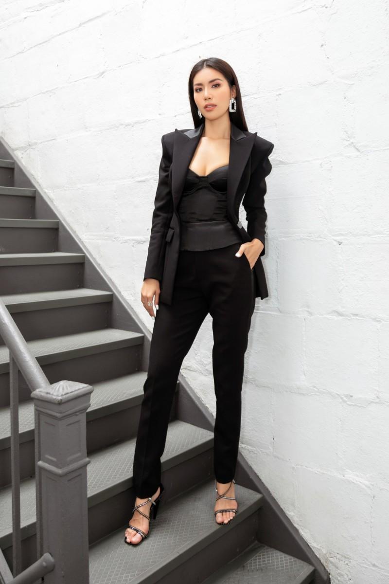 minh tu dien trang phuc cong tri chung thanh phong tai new york fashion week 2019