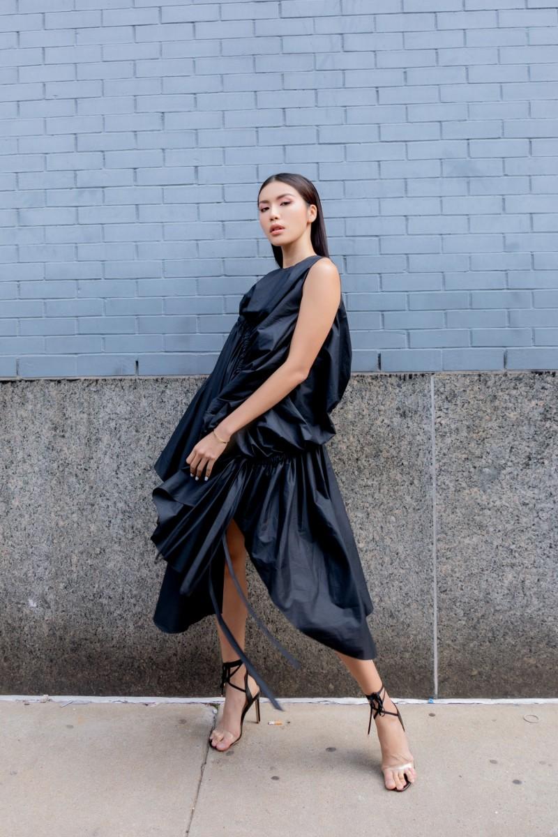 Minh Tú diện trang phục Công Trí, Chung Thanh Phong tại New York Fashion Week 2019