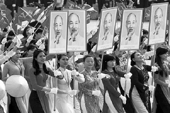 Phụ nữ Việt Nam và những mốc son lịch sử