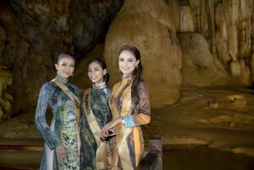 Top 20 hoa hậu Hoà bình Quốc tế lộng lẫy trong áo dài Việt Nam