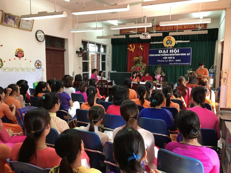LĐLĐ huyện Thường Tín: Hoàn thành vượt chỉ tiêu phát triển đoàn viên