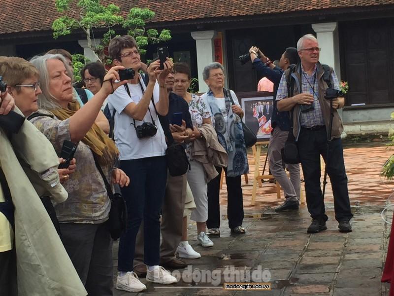 Khách du lịch quốc tế đến Hà Nội ước đạt hơn 608 nghìn lượt trong tháng 10