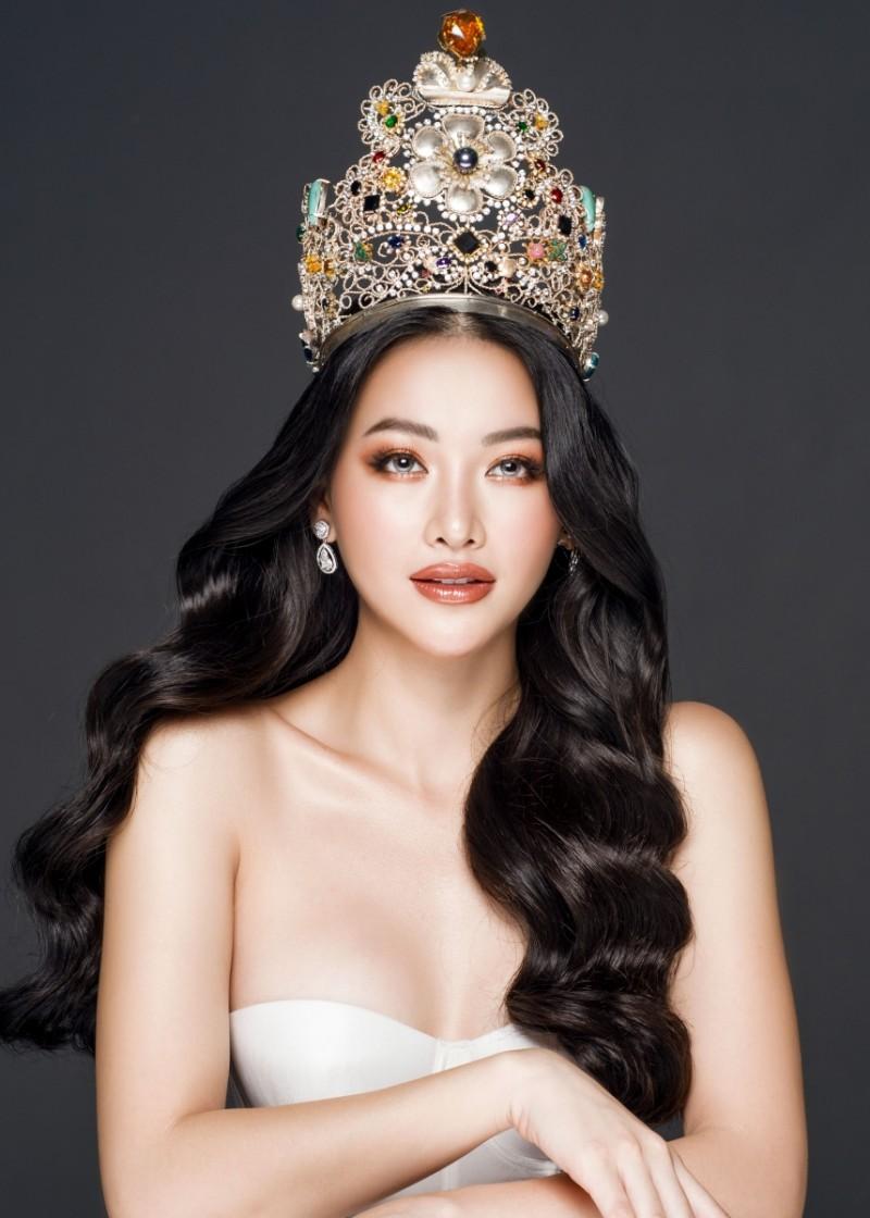 """Phương Khánh trở thành nàng thơ của """"ông Trùm"""" Hoa hậu Philippines"""