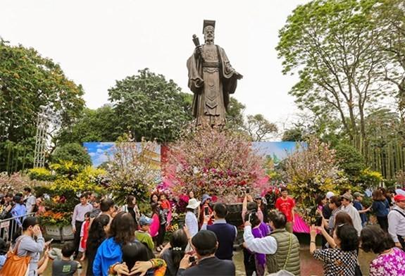 Lễ hội hoa anh đào Nhật Bản - Hà Nội 2020