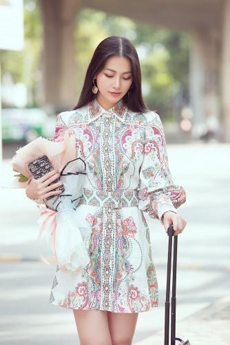 Phương Khánh về nước lặng lẽ sau khi trao lại vương miện Hoa hậu Trái đất 2019