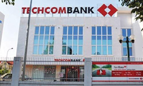 Techcombank bắt nợ có đúng luật?