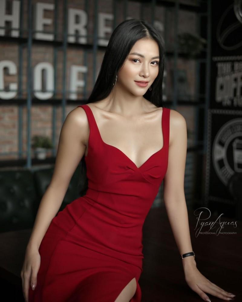 phuong khanh duoc moi lam giam khao miss bikini phillipines 2019