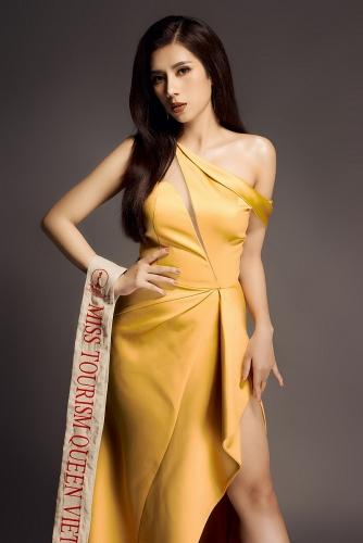 Dương Yến Nhung 'thôi miên' người hâm mộ trong bộ ảnh mới