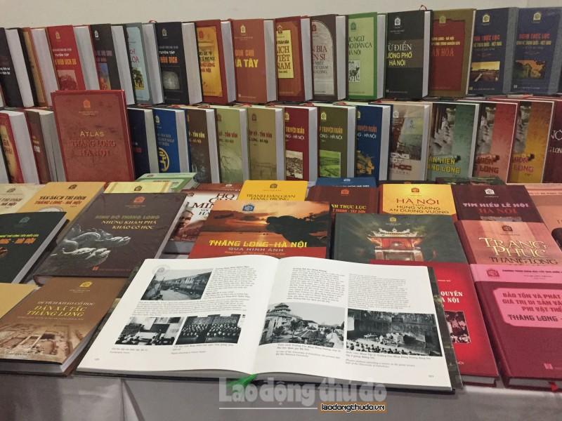 Tủ sách Thăng Long: Kho tư liệu về Thăng Long - Hà Nội trong suốt tiến trình lịch sử