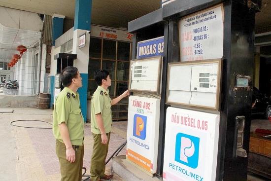 Nghệ An: Nhiều cơ sở kinh doanh xăng dầu bị xử phạt, tước  giấy phép