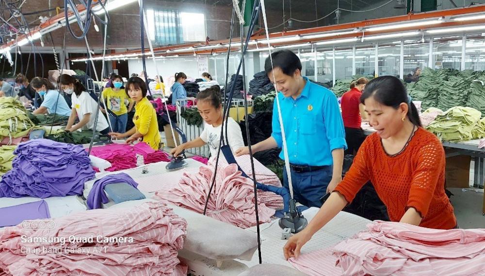 Gần 150 ngàn lao động Nghệ An được giảm mức đóng bảo hiểm xã hội