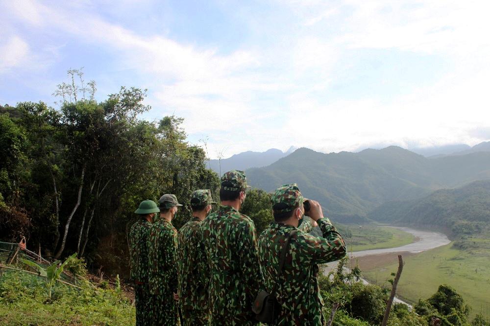 Biên phòng Nghệ An bắt giữ nhiều đối tượng xuất, nhập cảnh trái phép