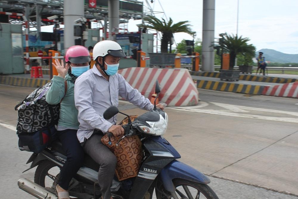 Người lao động Nghệ An: Bứt tốc ngàn cây số rời khỏi tâm dịch