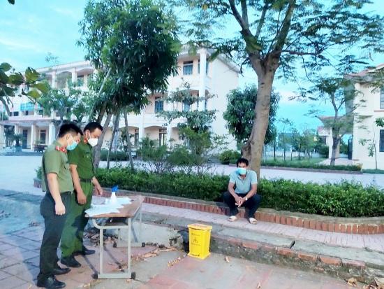 Hà Tĩnh: Xử phạt công dân khai báo y tế gian dối để trốn cách ly