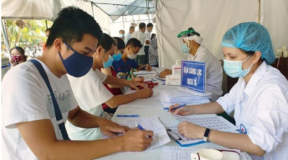 Nghệ An: Phạt 6 người đi từ Hà Nội về khai báo y tế không trung thực