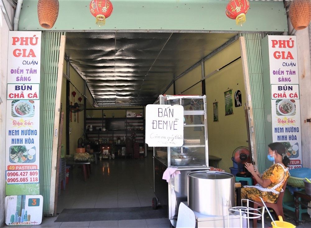 Thanh Hóa: Tạm dừng bán hàng ăn uống tại chỗ từ 12h ngày 12/8