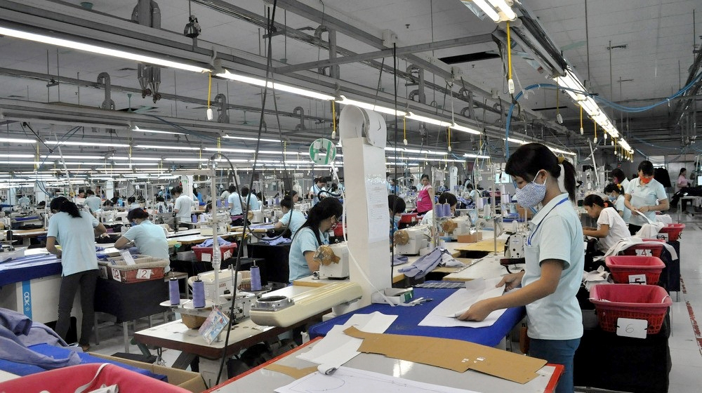 Nghệ An: Phát hiện 2 ca nhiễm trong doanh nghiệp có trên 1.200 công nhân