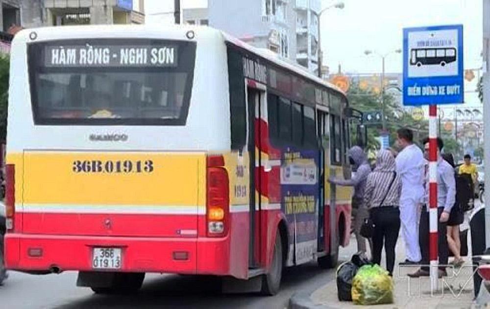 Thanh Hóa: Xe khách nội tỉnh được hoạt động trở lại, vận chuyển hành khách liên tỉnh tiếp tục dừng