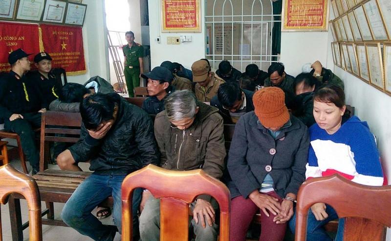 Quảng Nam: Tóm gọn 23 con bạc đang sát phạt trên đồi cao