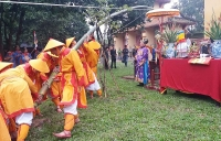 Huế: Tái hiện lễ dựng nêu trong Hoàng cung