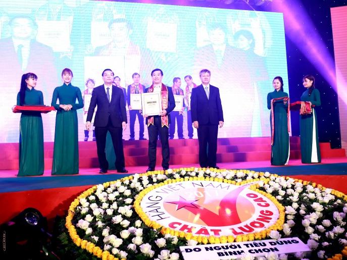 Vinamilk - Thương hiệu sữa hàng Việt Nam chất lượng cao 21 năm liền