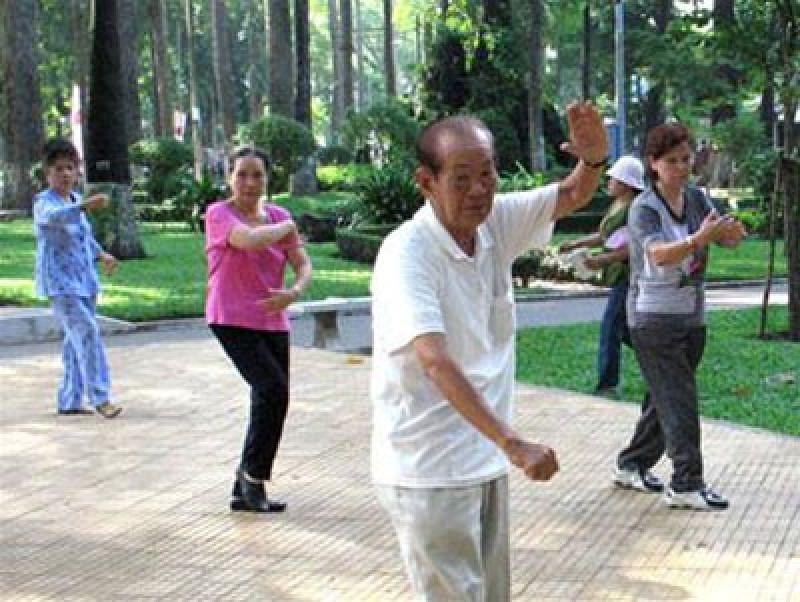 Nhân rộng mô hình người già sống khỏe