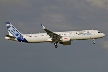 Vietnam Airlines thuê 6 máy bay Airbus A321neo