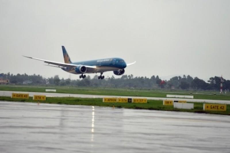 Giông lớn ở Tân Sơn Nhất, Vietnam Airlines điều chỉnh kế hoạch khai thác