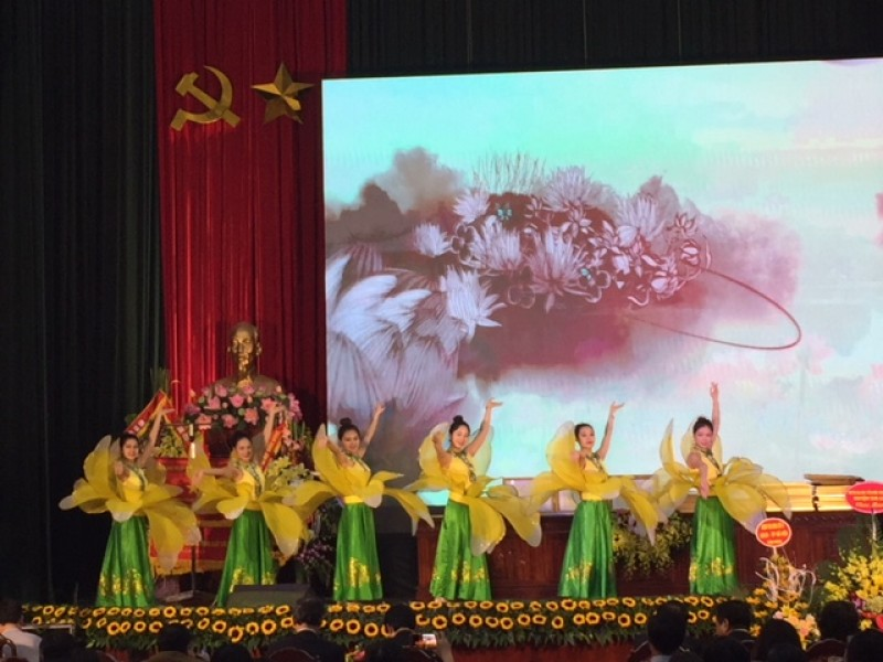 Liên hoan văn nghệ chào mừng thành công Đại hội Công đoàn huyện Gia Lâm lần thứ X