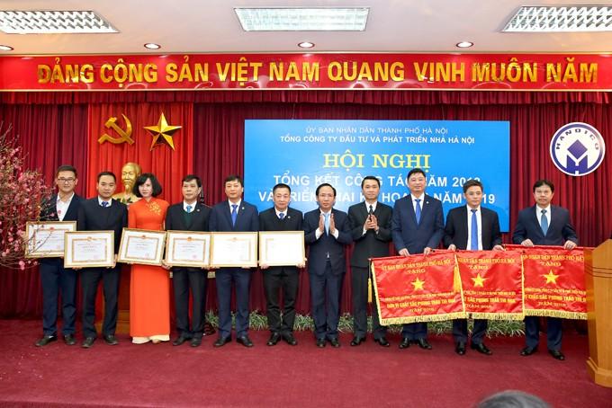 """Lọt top 100 các đơn vị nhận danh hiệu """"Sao vàng Đất Việt"""" năm 2018"""