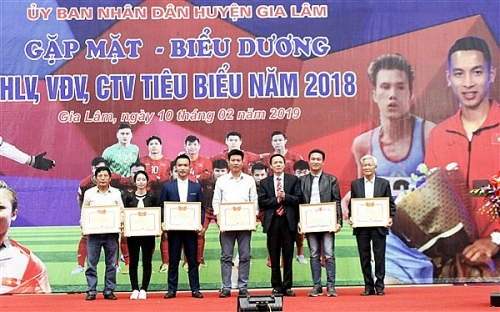 Biểu dương, khen thưởng trên 100 huấn luyện viên, vận động viên tiêu biểu năm 2018