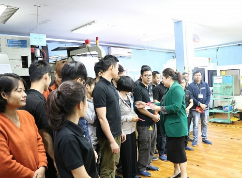 Quận Hoàng Mai: tình hình lao động sau Tết tương đối ổn định