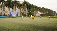 Sôi nổi giải bóng đá CNVCLĐ cơ quan UBND và cơ quan Dân Đảng huyện Gia Lâm